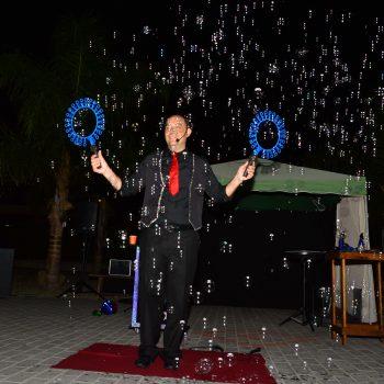 Spettacoli di bolle all'aperto